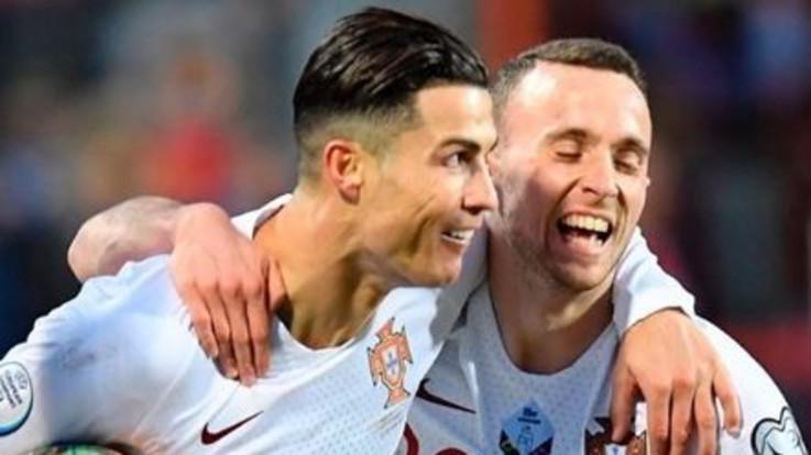 """Ronaldo a Euro 2020, sfiora quota 100 e fa pace con la Juve: """"Non stavo bene"""""""