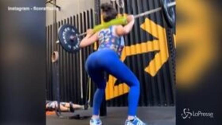 Raffaella Fico ritorna in palestra, allenamento sexy sui social