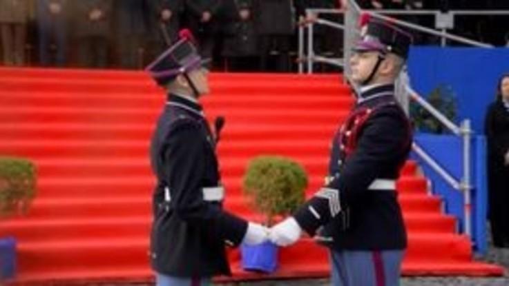 Napoli, il giuramento dei cadetti della Nunziatella in piazza Plebiscito