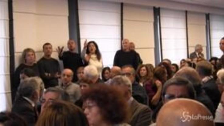 Tensione al congresso Cgil a Napoli: delegata Almaviva si scaglia contro il sindacato