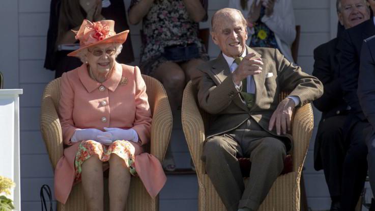 Il Regno Unito celebra il 72esimo anniversario di nozze di Elisabetta e Filippo