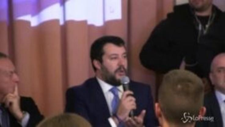 """Salvini a Sorrento: """"In Campania vinceremo perché la sinistra ha fatto disastri"""""""