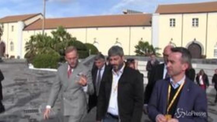 Napoli, congresso nazionale di Legambiente: l'arrivo di Fico al museo ferroviario di Pietrarsa