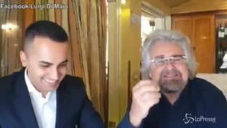 """Grillo incontra Di Maio: """"Il capo politico è lui non rompete i c..."""""""