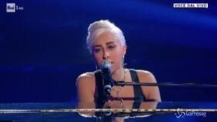 'Tali e Quali', Veronica Perseo trionfa con una grande esecuzione di 'Shallow' di Lady Gaga
