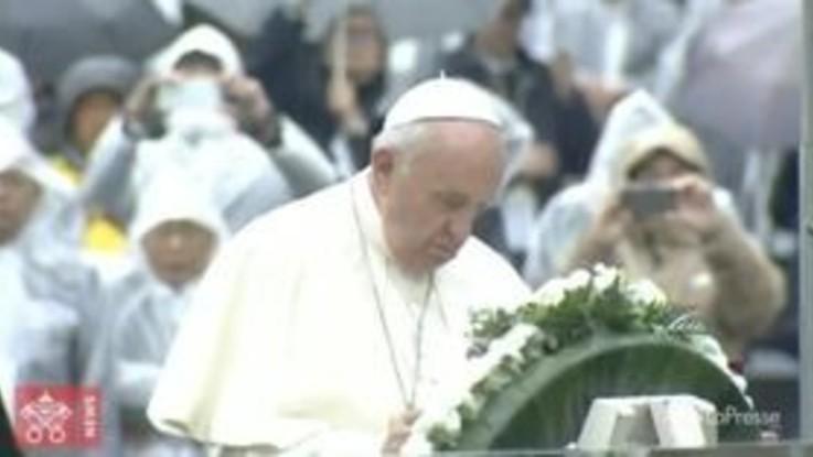 "Nagasaki, Papa: ""Possibile un mondo senza armi nucleari"""
