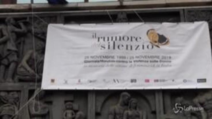 Napoli, installazioni per ricordare le vittime di femminicidio