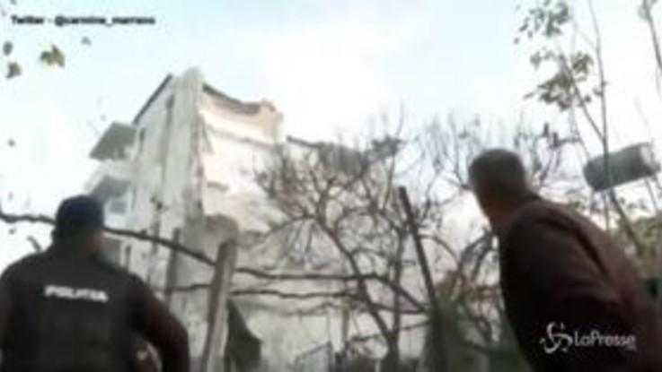 Terremoto in Albania, in corso le operazioni di salvataggio. La terra trema ancora