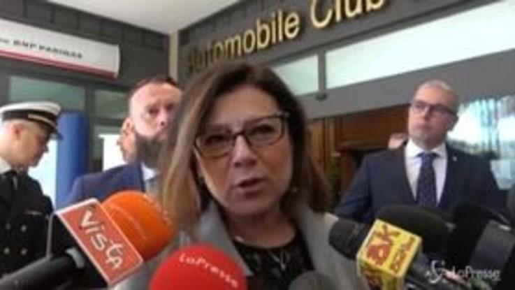 """Alitalia, De Micheli: """"Fatte valutazioni con Patuanelli, siamo impegnati sul fronte regolatorio"""""""