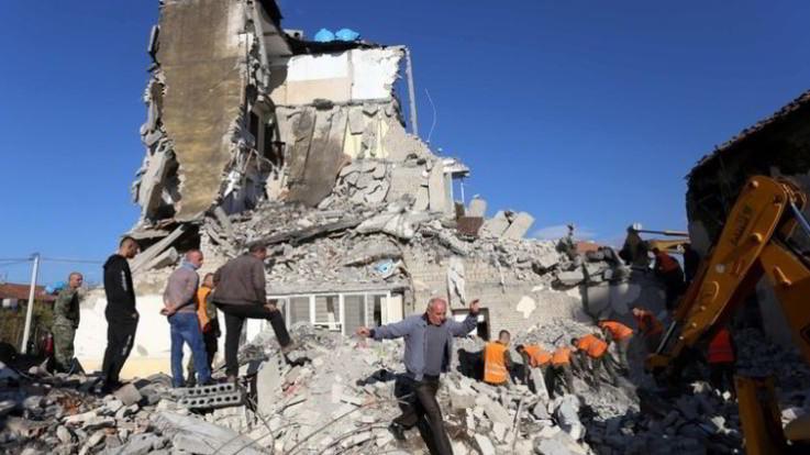 Terremoto in Albania, nuove scosse: 40 i morti causati dal sisma