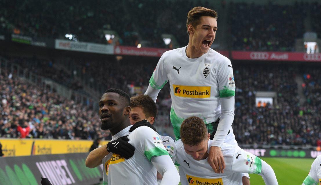 Bundesliga, Bayern ko in casa. Il Gladbach torna primo
