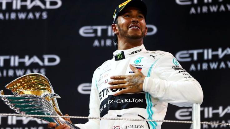 Hamilton lascia il vuoto e domina anche Abu Dhabi. Verstappen precede Vettel