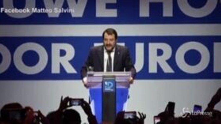 Salvini ad Anversa, standing ovation dell'estrema destra belga