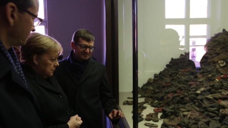 Shoah, Angela Merkel ad Auschwitz per la prima volta