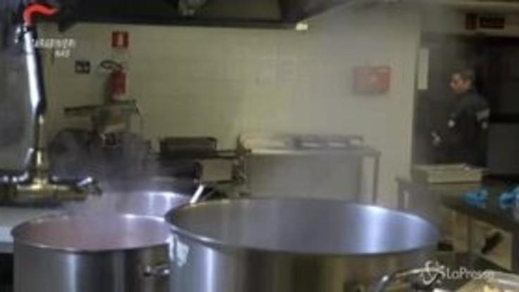 Milano, Blitz nelle mense scolastiche: sospese 21 ditte di catering