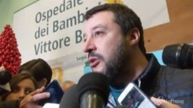 """Manovra, Salvini: """"E' carbone sotto l'albero, speriamo sia l'ultima"""""""