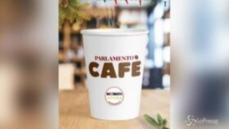 """Manovra, il M5s la spiega imitando """"Camera Cafè"""""""