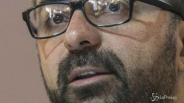 Governo, si dimette il ministro dell'Istruzione Fioramonti