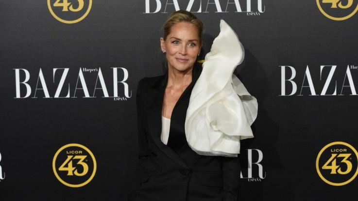 Sharon Stone bloccata sul sito di incontri Bumble