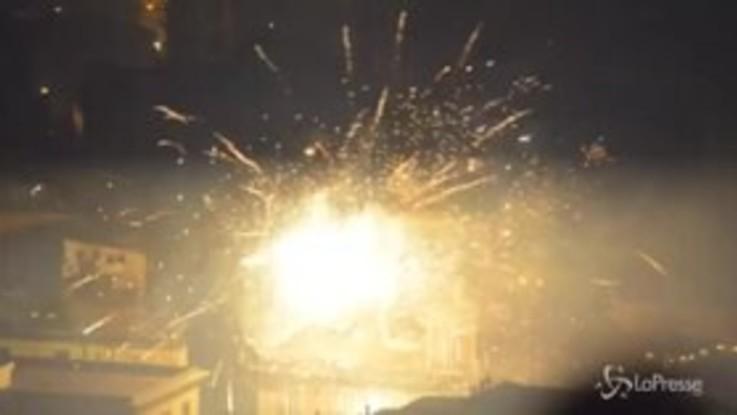 Capodanno, Napoli si trasforma in una polveriera allo scoccare della mezzanotte