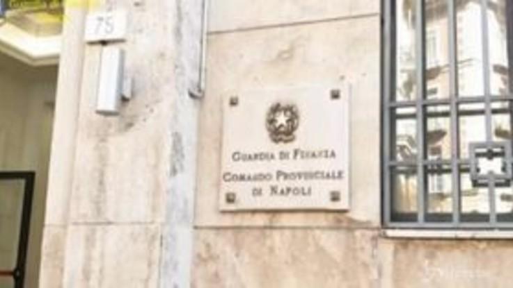 Napoli, Finanza sequestra 33 kg di cocaina: avrebbe fruttato 10 milioni di euro
