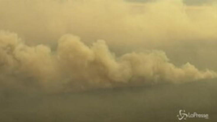 Australia, l'Isola dei Canguri in fiamme vista dall'alto