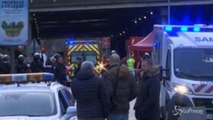 Francia, uomo accoltella passanti: un morto. L'aggressore ucciso dalla polizia