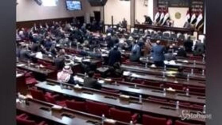 """Iraq, Parlamento: """"Via soldati Usa dal Paese"""""""