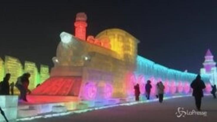 Cina, lo spettacolo di Harbin: quando il ghiaccio diventa opera d'arte