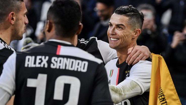 Serie A, CR7 trascina la Juve: 4-0 al Cagliari