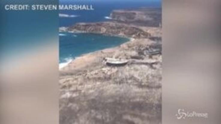 Australia, la devastazione dei roghi dall'alto