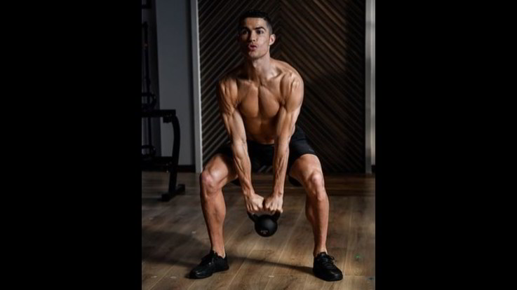 Conan Ronaldo. Dopo la tripletta al Cagliari l'asso juventino mostra i muscoli