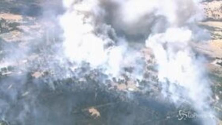 Australia ancora in fiamme, la distruzione vista dall'alto