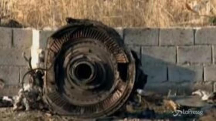 """Aereo ucraino precipitato in Iran, media americani: """"Ipotesi missile"""""""
