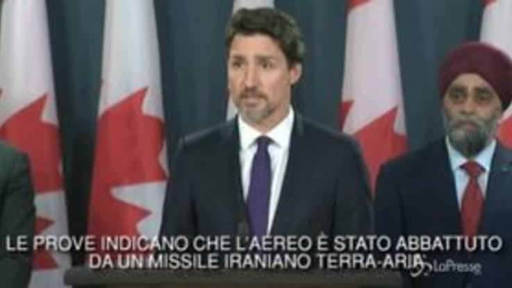 """Aereo precipitato, Trudeau: """"Abbiamo le prove, abbattuto da missili iraniani"""""""