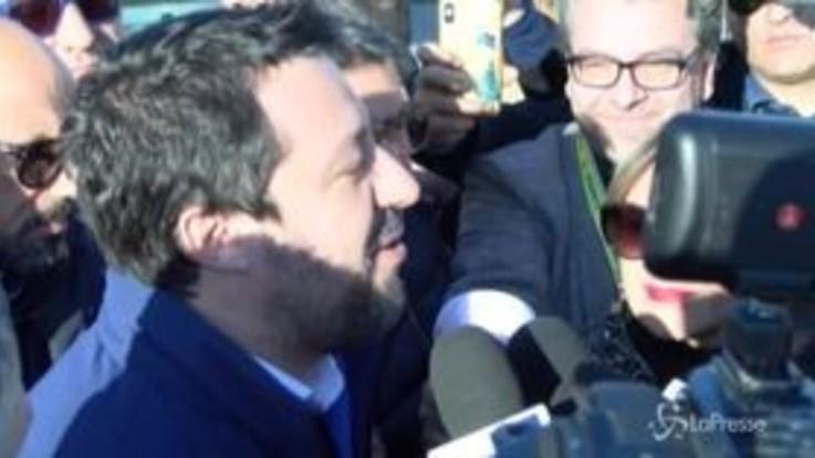 """Gregoretti, Salvini: """"Mi arrestino, con me milioni di italiani"""""""