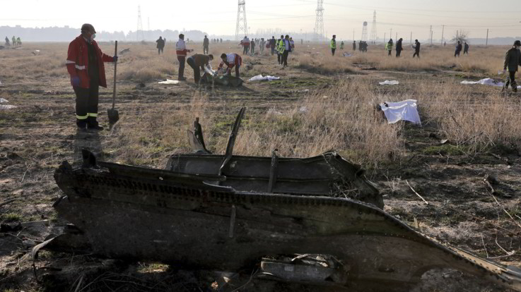 """Aereo abbattuto, l'Iran ammette: """"Imperdonabile errore umano"""""""