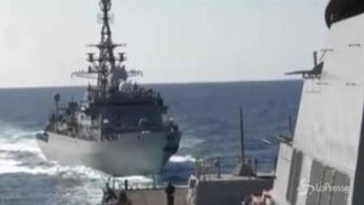 Tensione nello stretto di Hormuz: collisione sfiorata tra nave russa e cacciatorpediniere Usa
