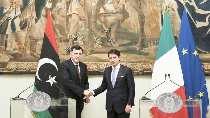 """Libia, vertice tra Conte e al-Sarraj: """"Serve soluzione politica"""""""