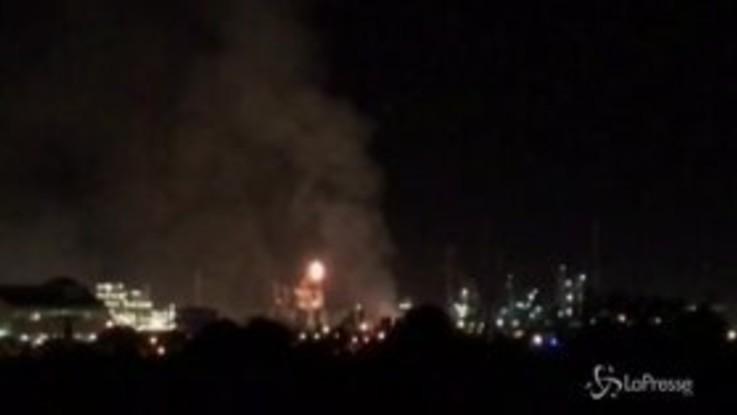 Spagna, esplosione nel complesso petrolchimico di Tarragona