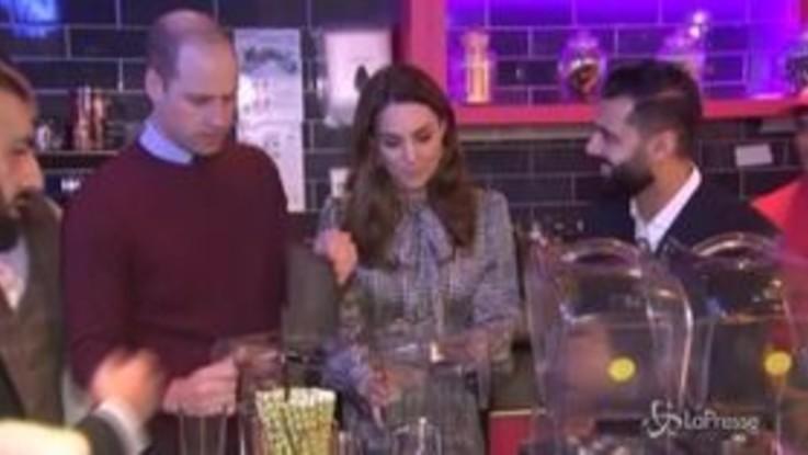 Kate e William sempre più alla mano: eccoli alle prese con il frullato perfetto