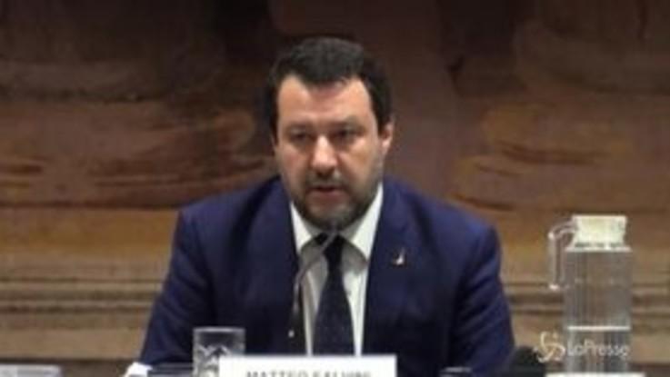 """Salvini: """"Non esiste alcun rapporto tra Lega e Casapound, né locale né nazionale"""""""