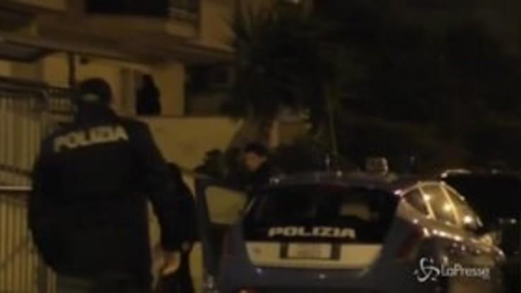 Bari, traffico internazionale di droga e armi: 22 arresti