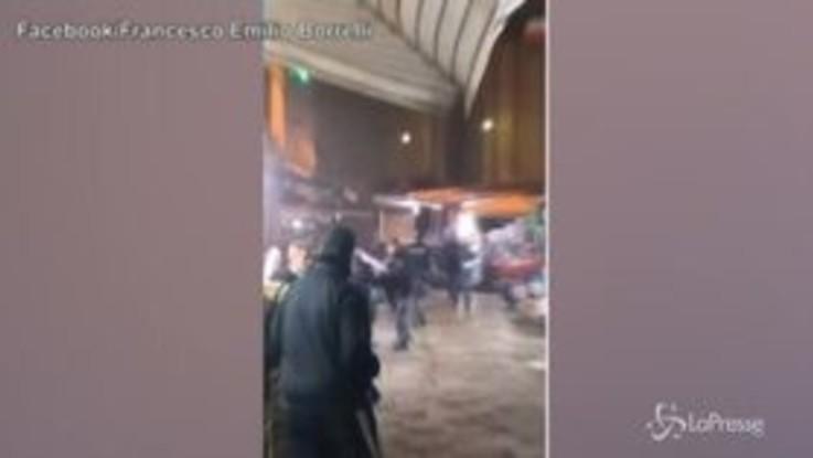 Napoli: baby gang mette in fuga poliziotti