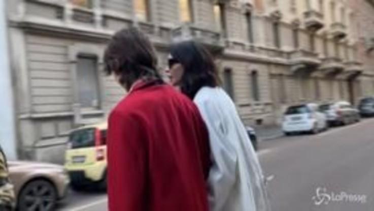 Nina Moric e Fabrizio Corona in tribunale a Milano, le prime immagini dell'ex re dei paparazzi dopo l'arresto