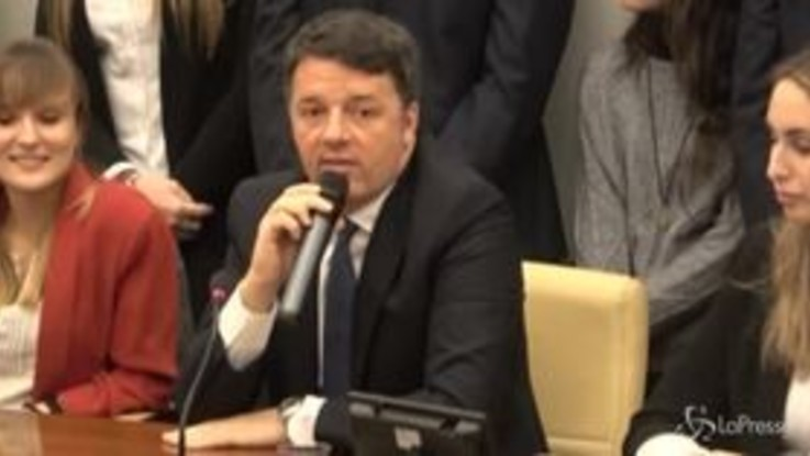 "Rai, Renzi: ""Citofonata Salvini? Spero ci sia riequilibrio durante Don Matteo"""