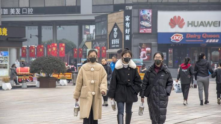 Virus cinese, sale a 26 il bilancio delle vittime