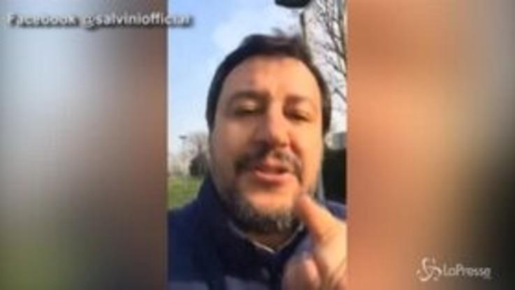"""Bibbiano, Salvini: """"Commovente la piazza della Lega, le Sardine sbraitano"""""""