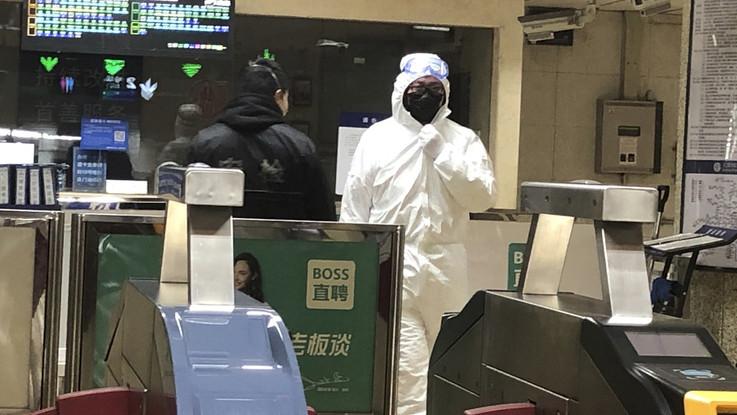 Virus cinese: sale a 41 il numero di vittime. Primi casi in Europa, tre malati in Francia