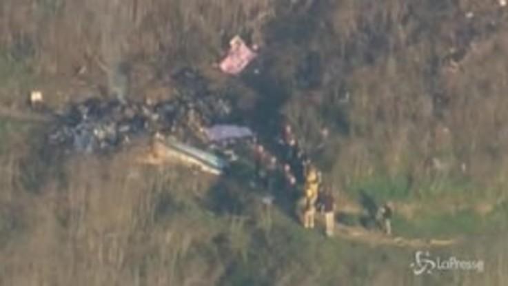 Morte Kobe Bryant, i resti dell'elicottero dopo lo schianto